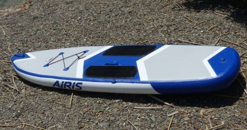 The AIris Stubby 9 inflatable paddle board.