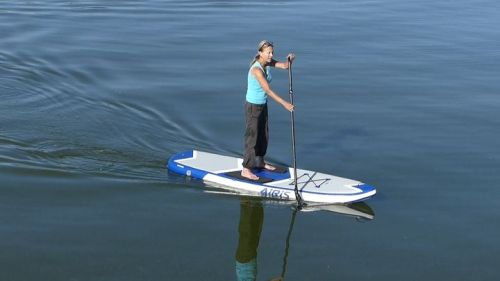 Airis Stubby 9 inflatable SUP on the water.