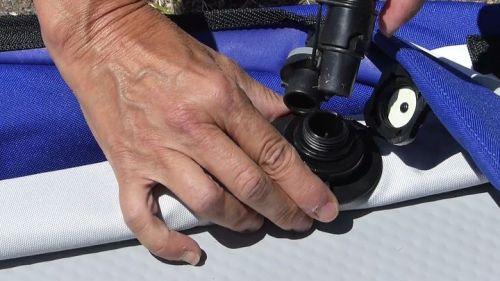 Attaching the Boston valve adaptor