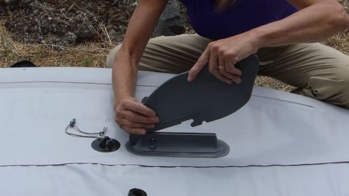 Installing the tracking fin.