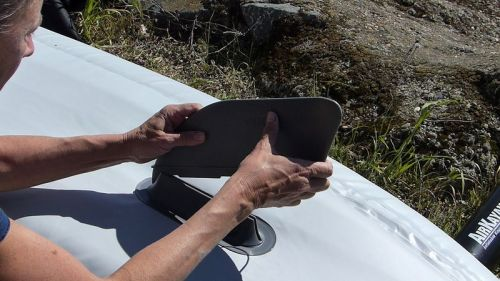 Attaching the tracking fin