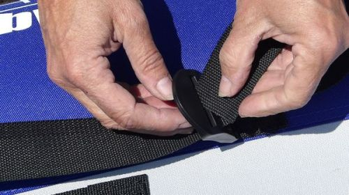 Attaching the seat straps