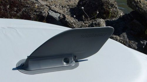 Removable tracking fin.