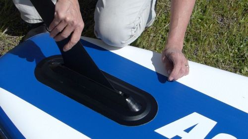 Installing the tracking fin
