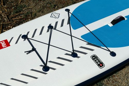 Bungee deck lacing with 6 d-rings