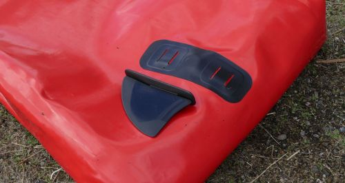 Removable tracking fin and fin boot