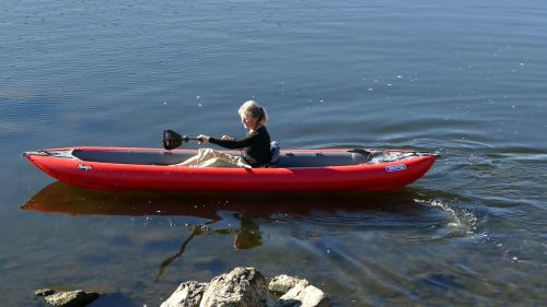 Thaya paddled as a solo.