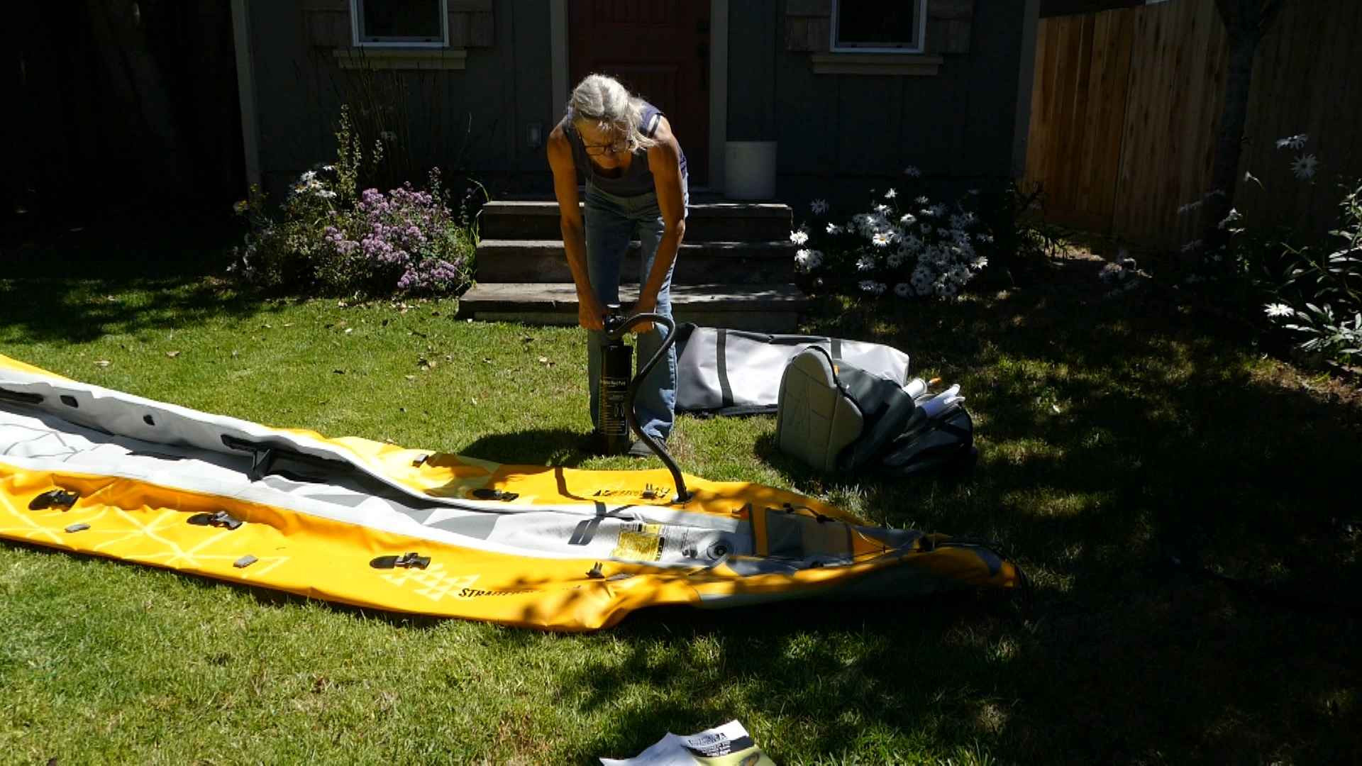 Inflating the side chamber